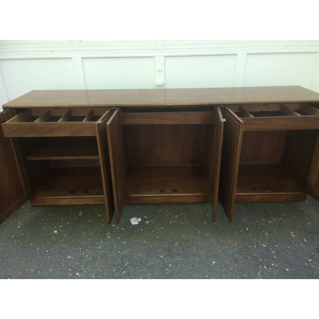 Founders Cane Paneled Credenza For Sale In New York - Image 6 of 9