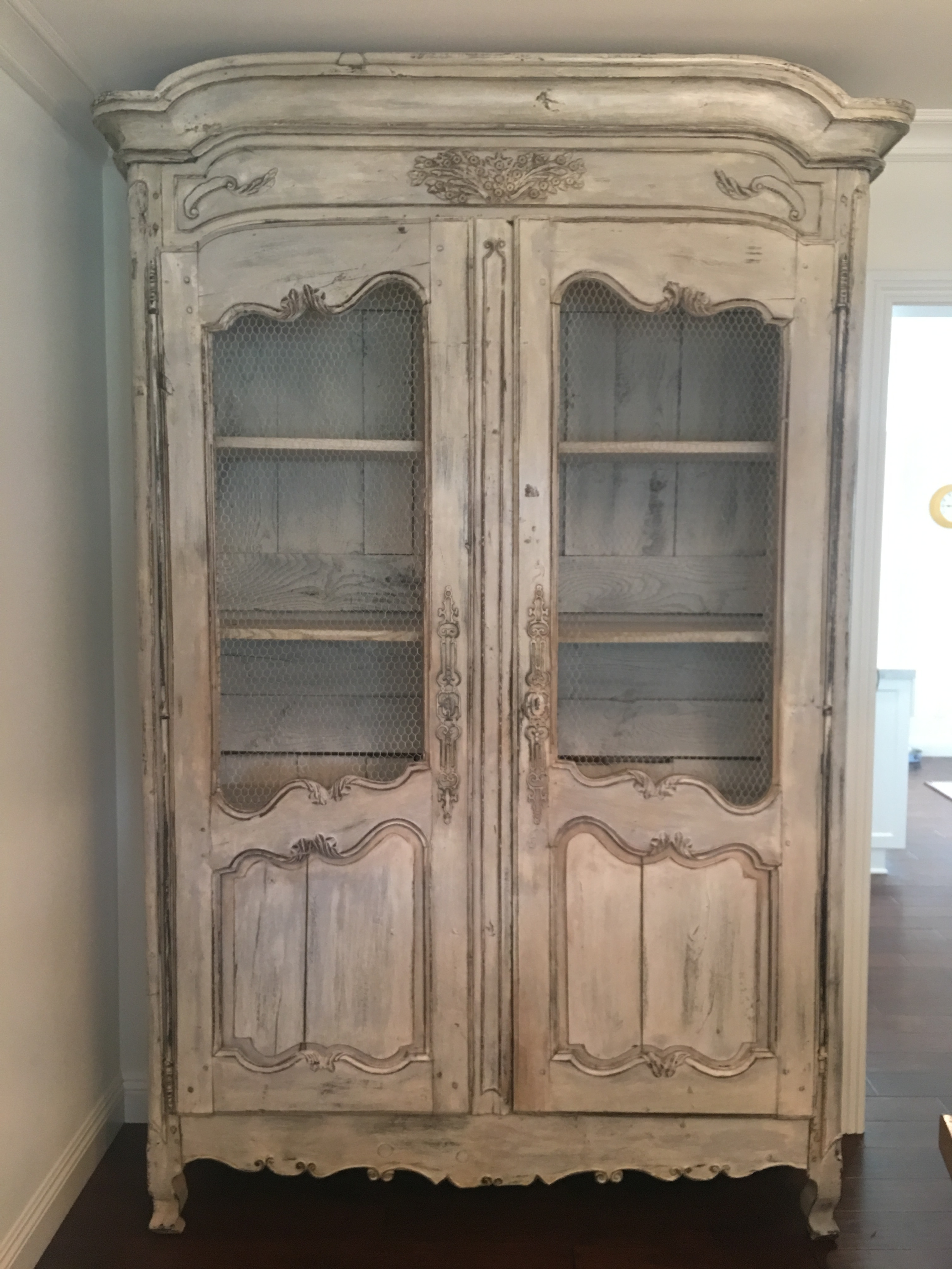 18th Century French Country Armoire With Original Whitewash Finish, 1795    Image 11 Of 11