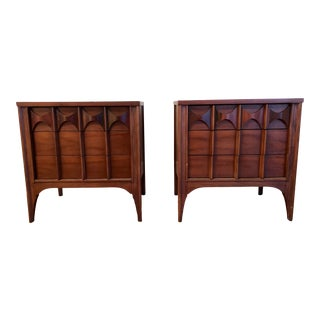 1950s Mid-Century Modern Kent Coffey Perspecta Walnut and Rosewood Nightstands - a Pair For Sale