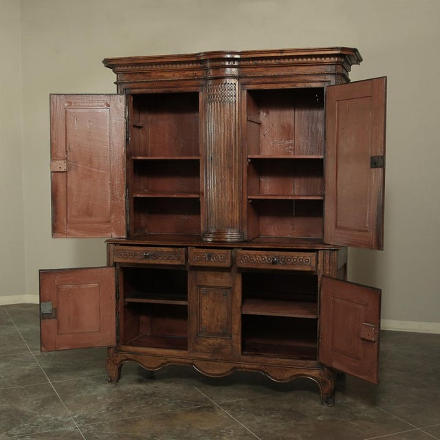 18th Century Country French Walnut Louis XVI Buffet a Deux Corps For Sale In Dallas - Image 6 of 13