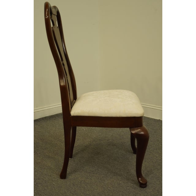 White Late 20th Century Thomasville Furniture Collectors Cherry Collection Dining Side Chair For Sale - Image 8 of 11