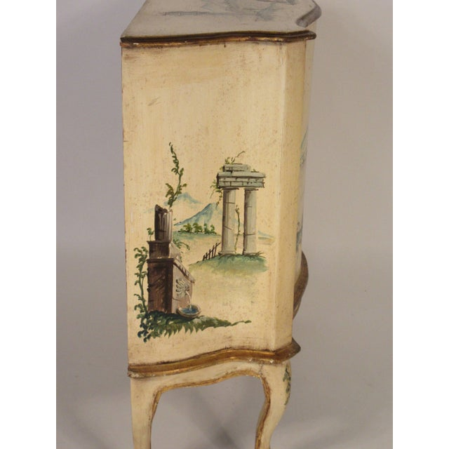 1960s Italian Painted Classical Cabinet For Sale In New York - Image 6 of 9