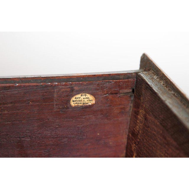 English Early 19th Century Oak Three Drawer Dresser Base For Sale - Image 9 of 13