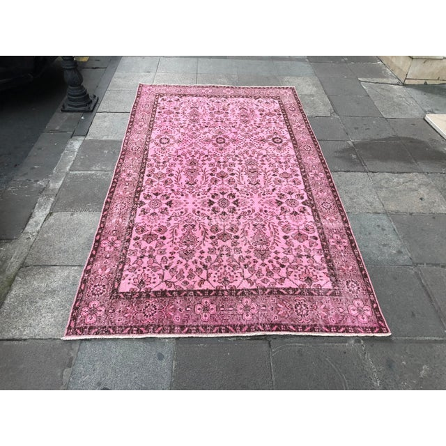 1960s Vintage Turkish Hand-Knotted Rug - 4′8″ × 8′3″ For Sale - Image 11 of 11