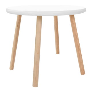 "Peewee Small Round 23.5"" Kids Table in Maple With White Finish Accent For Sale"