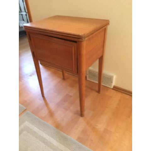 Mid-Century New Home Sewing Machine With Cabinet - Image 3 of 5