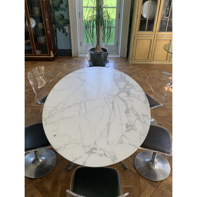 Oval Knoll Marble Top Dining Table For Sale In Boston - Image 6 of 13