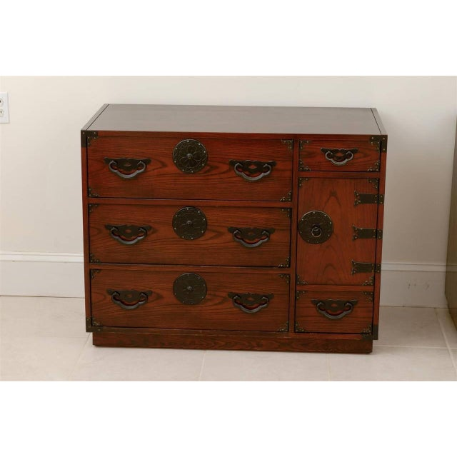 Amazing Pair of Vintage Modern Tansu Chests by Baker For Sale In Atlanta - Image 6 of 10