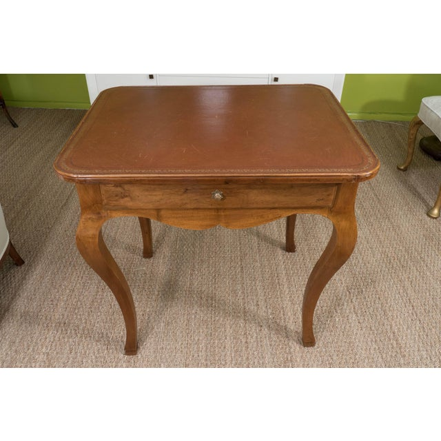 French Louis XV Style Writing Table For Sale - Image 10 of 11