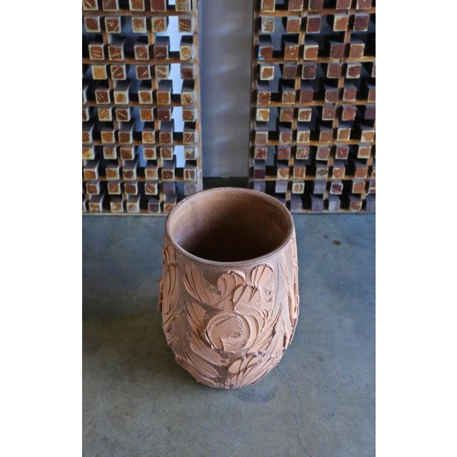 """Ceramic Mid Century David Cressey """"Expressive"""" Design Ceramic Planter For Sale - Image 7 of 8"""