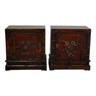 1920s Chinese Painted Nightstands-a Pair For Sale