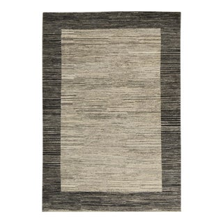 Contemporary Hand Woven Rug - 4'6 X 6'7 For Sale