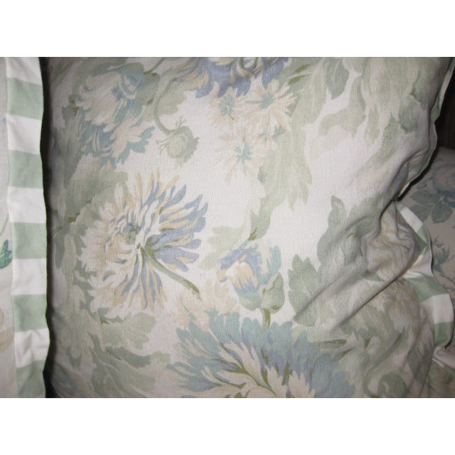 JM Paquet Floral Sofa For Sale In San Diego - Image 6 of 9