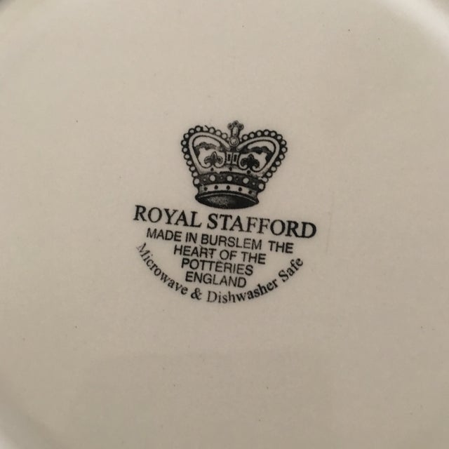 Vintage Holiday Royal Staffordshire Bowls - A Pair - Image 4 of 5