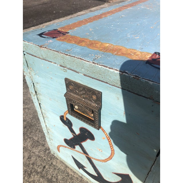 Folk Art 19th Century Painted Trunk From Maine For Sale In Philadelphia - Image 6 of 12