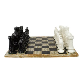 Vintage Mexican Onyx and Marble Chess Game Set