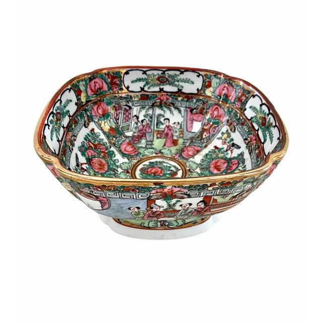 Ceramic Vintage Pedestal Rose Famille Medallion Bowl For Sale - Image 7 of 7
