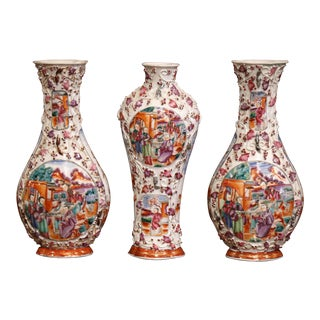Mid-19th Century Chinese Mandarin Palette Porcelain Garniture Set For Sale