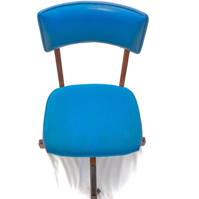 Blue Mid-Century Gunlocke Office Chair For Sale - Image 8 of 11