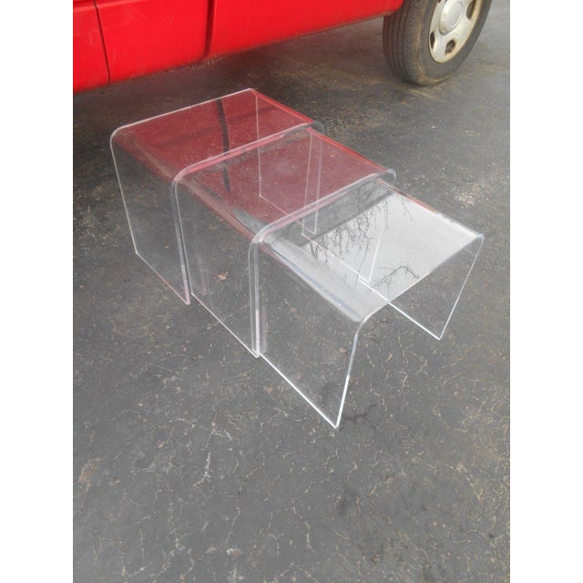 Vintage Clear Acrylic Nesting Tables - Set of 3 For Sale - Image 4 of 5