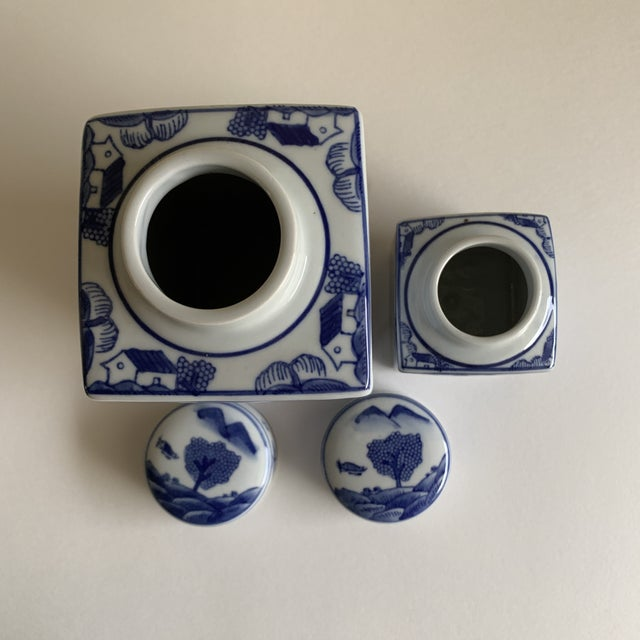 1990s Asian Chinoiserie Blue & White Ceramic Canisters, Set of Two For Sale - Image 5 of 10
