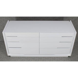 Mid-Century Modern White Lacquer 8-Drawer Double Dresser Preview