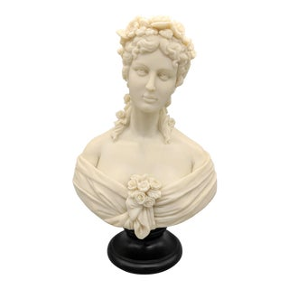 Late 20th Century Italian Style Ivory Marble Woman Bust For Sale