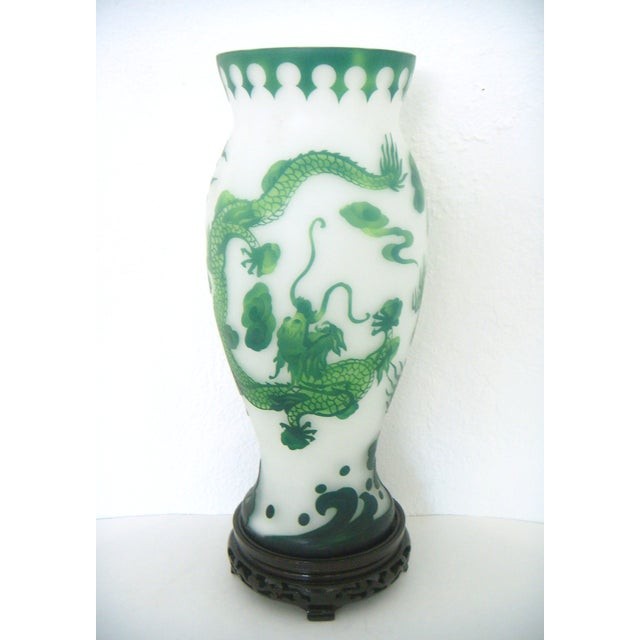 Vintage Asian Green & White Dragon Vase on Stand - Image 3 of 7