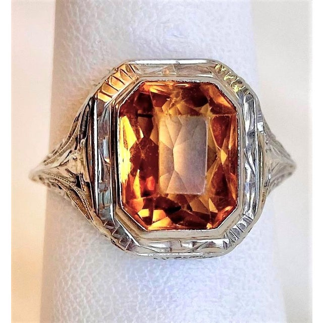 Art Deco Antique 18k White Gold and Citrine Ring For Sale - Image 3 of 10