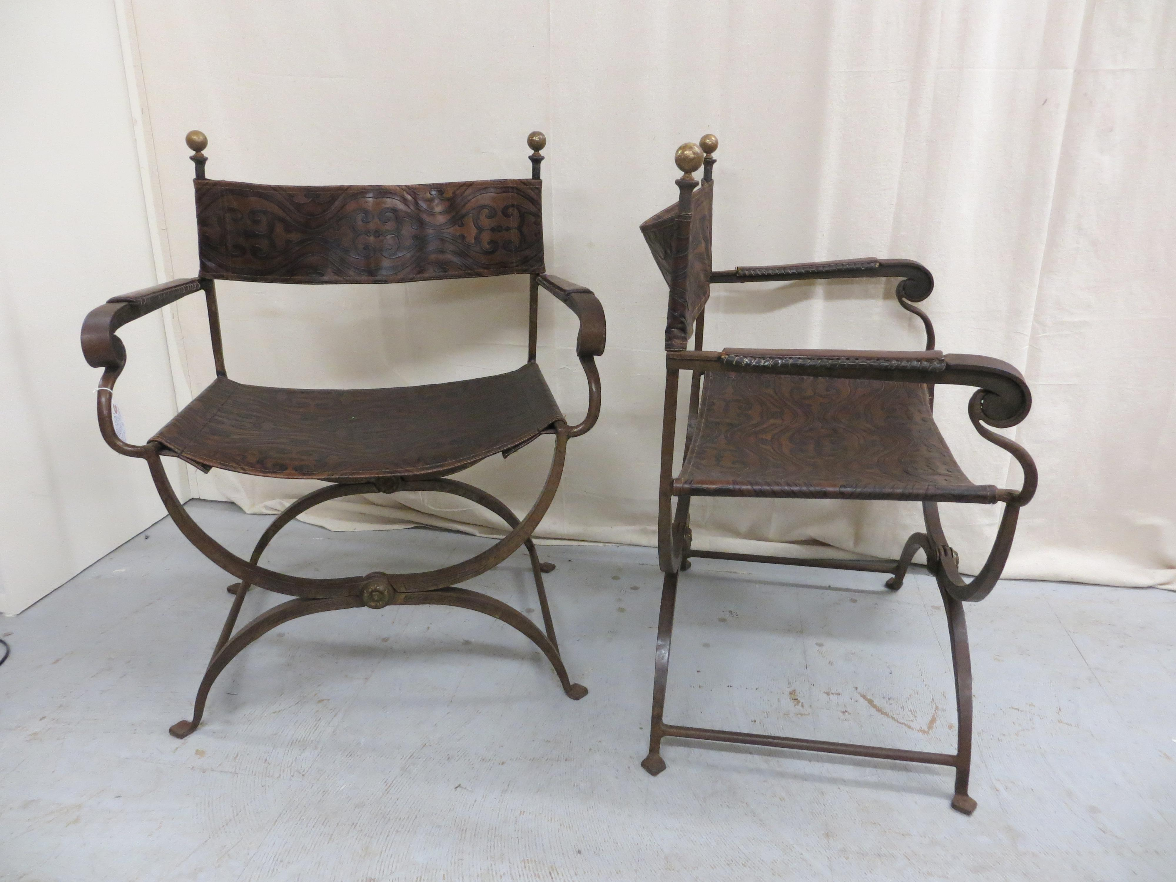 Campaign Vintage Italian Folding Campaign Chairs   A Pair For Sale   Image  3 Of 8