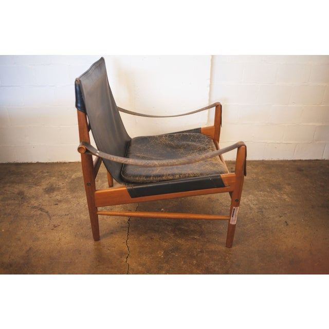 Hans Olsen Black Leather & Wood Safari Chair - Image 4 of 7