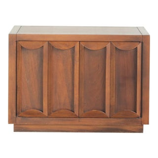 Mid-Century Modern Walnut Side Table and Cabinet For Sale