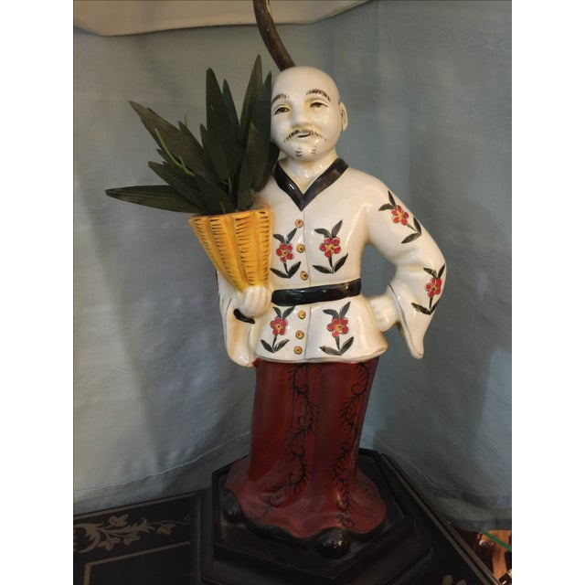 Chinoiserie Porcelain Figure Lamp - Image 3 of 4
