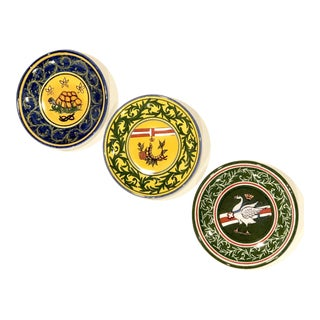 Small Sienna Italian Pottery Wall Plates - Set of 3 For Sale