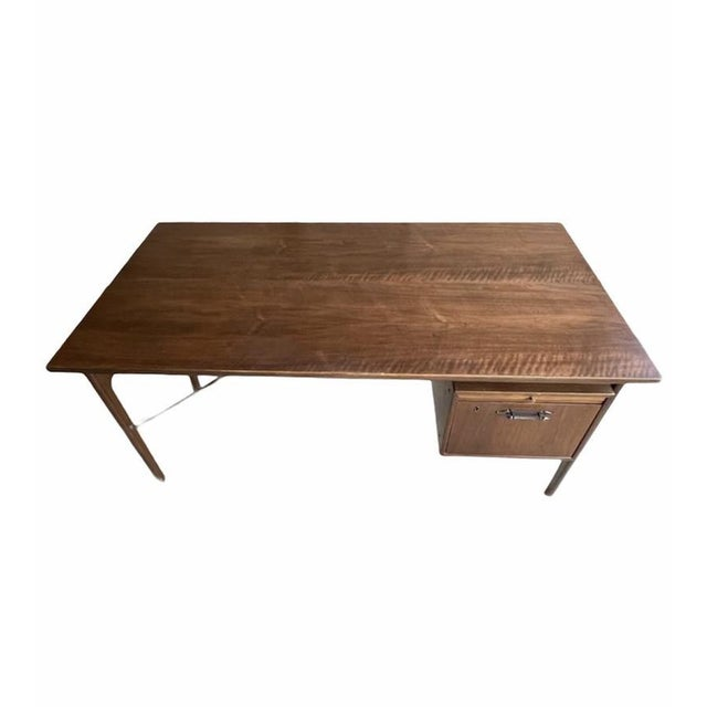 Mid-Century Modern Vintage Mid-Century Modern Executive Desk With Slide Out Tray and One Drawer For Sale - Image 3 of 4