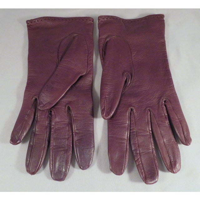 1990s Vintage Gucci Leather and Gold Horse Bit Driving Gloves For Sale - Image 5 of 10