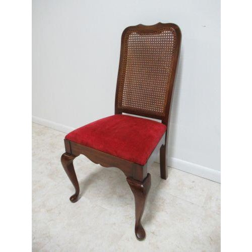 Queen Anne Vintage Thomasville Solid Cherry Queen Anne Caned Side Chair For Sale - Image 3 of 11