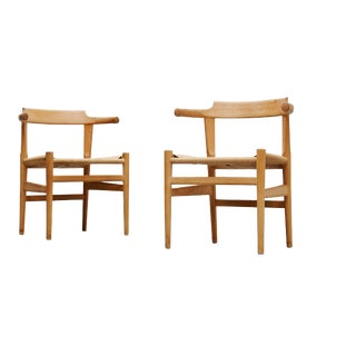 1980s Hans Wegner Pp Møbler Denmark Pp68 Chairs- Pair For Sale