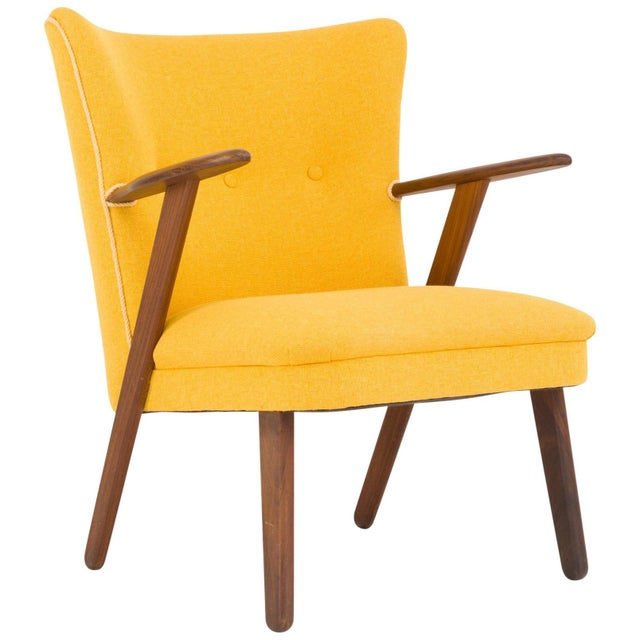 Wood Cocktail Chair Re-Upholstered in Yellow Fabric in the Style of Kurt Olsen, 1950s For Sale - Image 7 of 7