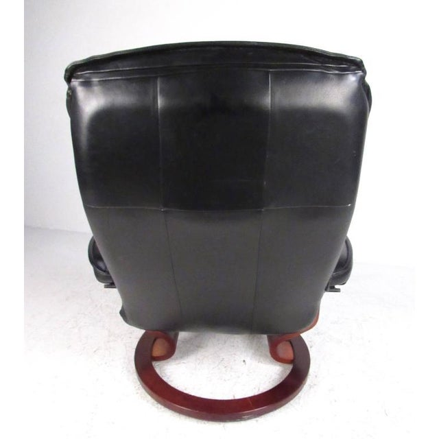 Danish Modern Danish Modern Leather Recliner & Ottoman - A Pair For Sale - Image 3 of 11