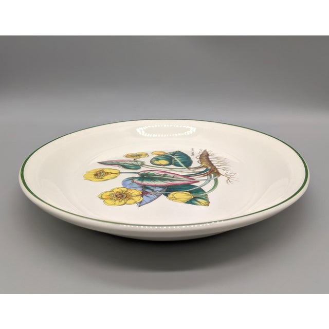 1970s English Enoch Wedgwood Tuns Botanical Nuphar Luteum Serving Platter For Sale In Houston - Image 6 of 9