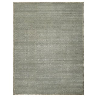 Stark Studio Rugs Contemporary Oriental Wool and Bamboo Silk Rug - 8' X 10' For Sale