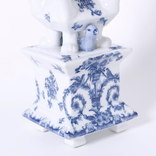Mid 20th Century Blue and White Porcelain Pagoda Form Tulipieres - A Pair For Sale - Image 5 of 8