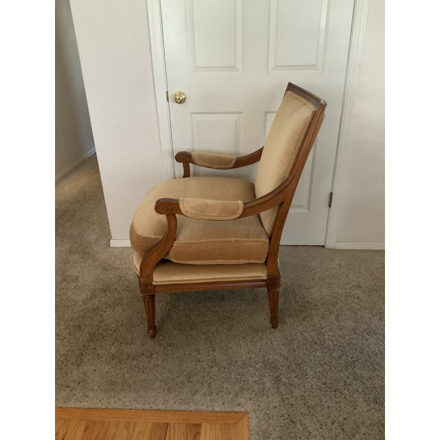 French Baker Gold Mohair Accent Bergere Chair For Sale - Image 3 of 10