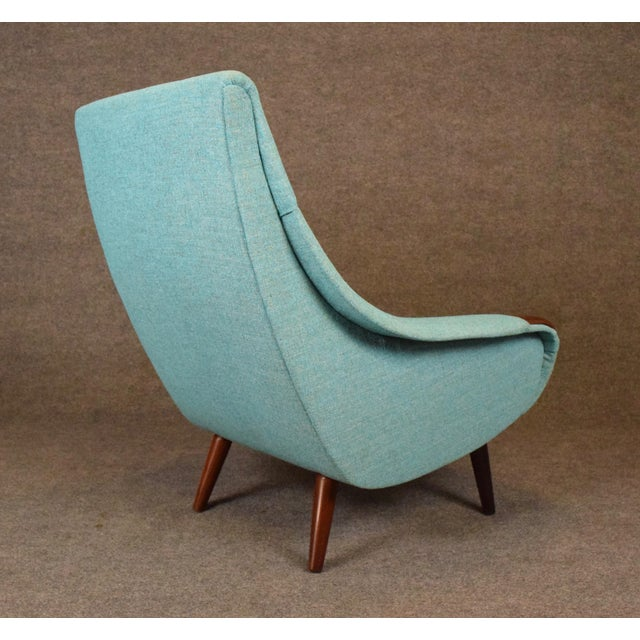 1960s Vintage Danish Modern Lounge Chair For Sale - Image 4 of 11