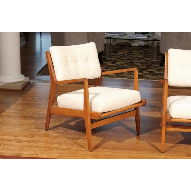 White Restored Pair of Maple Loungers by Jens Risom For Sale - Image 8 of 10