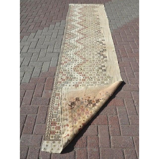 """Vintage Turkish Natural Kilim Runner-2'9'x10'11"""" For Sale - Image 12 of 13"""
