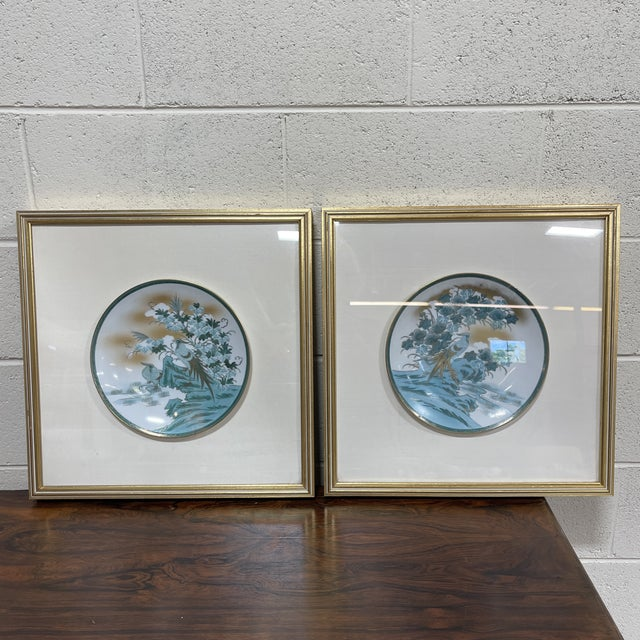 Framed Imari Japanese Bird Plates - a Pair For Sale - Image 13 of 13