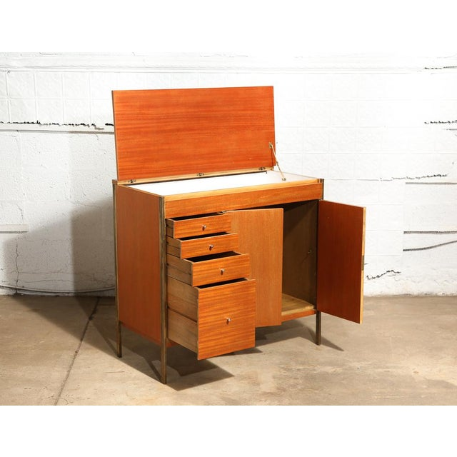 Mid-Century Modern Paul McCobb Bar Cabinet For Sale - Image 3 of 9