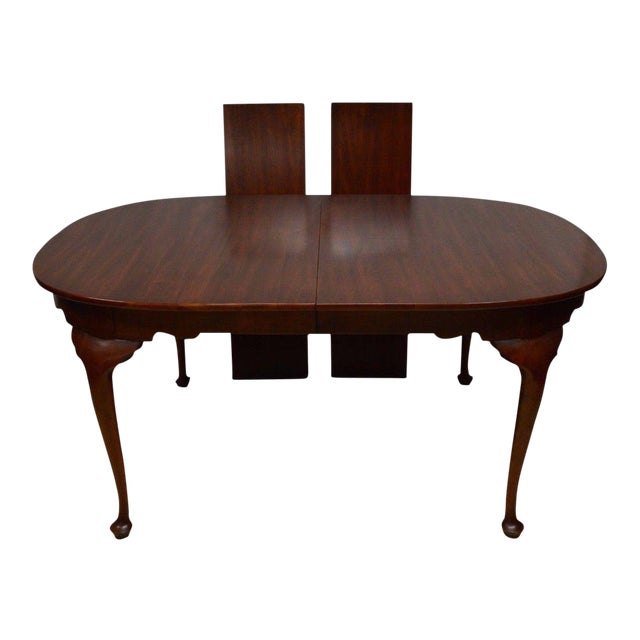 Henkel Harris Solid Cherry Queen Anne Style Dining Table For Sale